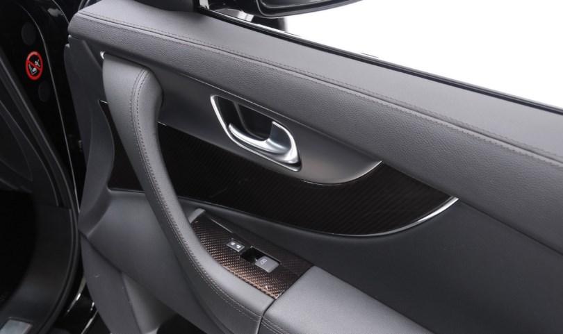 Puertas acústicamente preparadas para coche